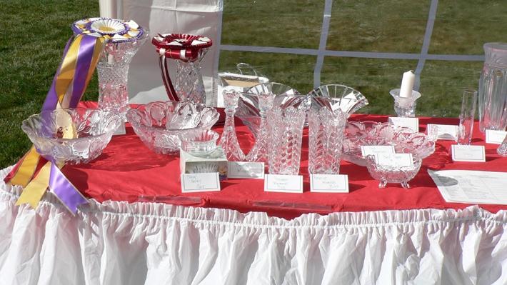 Trophy-Table-left-side